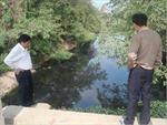 Kiểm tra tình trạng ô nhiễm nguồn nước sông Nhuệ