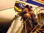 Trung Quốc bắt hành khách phá phách trên máy bay