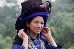 Cách làm đẹp độc đáo của phụ nữ Hà Nhì đen