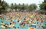 Giảm 80% giá vé ngày mở cửa công viên nước Hồ Tây
