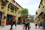 Giới trẻ Hạ Long ùn ùn kéo đến Little Việt Nam