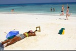 """Thái Lan """"phong tỏa"""" đảo do lo ngại du khách"""