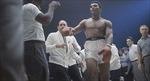 Ông Obama vẫn giữ găng đấm bốc của Muhammad Ali