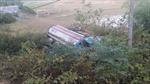 Cứu hộ xe chở xăng lật ngửa có nguy cơ phát nổ