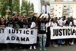Pháp: Thanh niên chết trong đồn cảnh sát, hàng nghìn người tuần hành