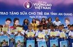 Tặng 111.000 ly sữa cho hơn 1.200 trẻ em tỉnh An Giang