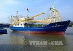 Thừa Thiên - Huế bàn giao tàu vỏ thép đầu tiên cho ngư dân