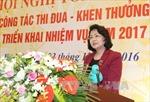 Phó Chủ tịch nước gặp mặt cán bộ và cộng tác viên dân số