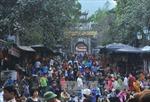 Sở Văn hóa Hà Nội lên tiếng vụ phát lộc gây lộn xộn tại chùa Hương