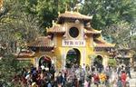 Kỷ luật 5 viên chức Bảo hiểm xã hội Hà Nội đi lễ trong giờ hành chính