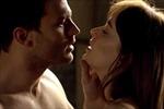 '50 Sắc thái Đen' 'đốt cháy' các rạp chiếu phim dịp Valentine