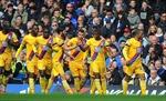 Chelsea thua sốc, Tottenham vội vàng rút ngắn khoảng cách