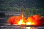 Chuyên gia lý giải tại sao tên lửa Triều Tiên bay cao hơn 2.000 km