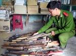 Đẩy mạnh tuyên truyền đồng bào dân tộc giao nộp vũ khí, vật liệu nổ