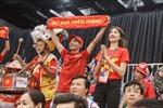 Á hậu Lệ Hằng đến Malaysia ủng hộ Sea Games 29