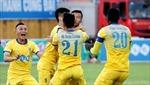 FLC Thanh Hóa và Hà Nội FC chia điểm sau màn rượt đuổi tỷ số hấp dẫn