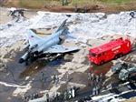 Máy bay chiến đấu Nhật Bản bốc cháy bùng bùng tại căn cứ không quân