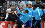 Sau cú kung-fu, Marseille chấm dứt hợp đồng với Patrice Evra