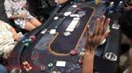 Đột kích sòng bạc Poker trong khu chung cư cao cấp