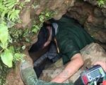 Một thiếu niên ở Điện Biên rơi xuống hang sâu khi đi bẫy chuột