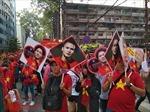Hàng ngàn người hâm mộ 'rồng rắn' chờ đợi giao lưu với U23 Việt Nam