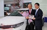 Thaco trao tặng xe ô tô cho huấn luyện viên Park Hang Seo