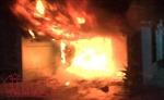 Chủ nhà đi chơi Tết, lửa thiêu rụi căn nhà hai tầng