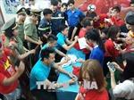 Người hâm mộ tỉnh Ninh Thuận giao lưu với các tuyển thủ U23 Việt Nam