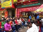 Chiều mùng 10 tháng Giêng, đông nghẹt người xếp hàng mua vàng ngày vía Thần tài