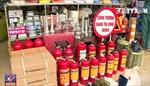 Nhiều người dân tìm mua các thiết bị phòng cháy chữa cháy