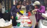 Bánh trôi, bánh chay Tết Hàn thực nhộn nhịp chợ Hà Nội