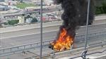 Xe điện Tesla bốc cháy sau va chạm nghiêm trọng, tài xế tử vong