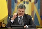 Nga khánh thành cây cầu nối với Crimea, Ukraine tung đòn trừng phạt mới