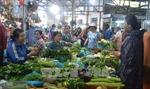 Rau xanh, củ quả ở Hà Nội tăng giá