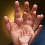 Khi bố mẹ chỉ sống cho bản thân, con cái bị 'bỏ rơi'