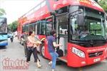Xe buýt du lịch 2 tầng tại Hà Nội vắng khách