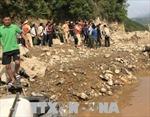 Lật thuyền gỗ ở Lai Châu khiến 3 người mất tích