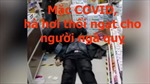 Bất chấp COVID, bác sĩ hà hơi thổi ngạt cho người ngã quỵ trong siêu thị