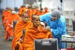 COVID-19 tại ASEAN hết 1/8: Vượt 150.000 ca tử vong; Campuchia tiêm trộn vaccine mũi 3