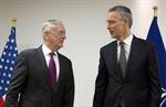 Mỹ và NATO thảo luận vấn đề chia sẻ gánh nặng quốc phòng