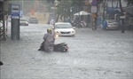 Đà Nẵng tiếp tục có mưa lớn kéo dài, nhiều phố biến thành 'sông'
