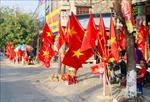 Các sản phẩm 'ăn theo' đội tuyển Việt Nam bị đẩy giá gấp 2 - 3 lần