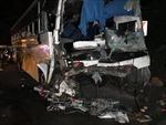 Xe khách đâm xe tải tại Nepal, hàng chục người thương vong
