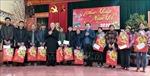 Đồng chí Trần Quốc Vượng thăm, chúc Tết tại Cao Bằng