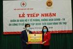 Hỗ trợ 5.500 bộ quần áo bảo hộ y tế cho tuyến đầu phòng, chống dịch COVID-19