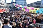 Tuần hành tại Thụy Điển và Hà Lan phản đối nạn phân biệt chủng tộc