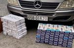 Bắt quả tang xe khách vận chuyển gần 1.600 gói thuốc lá điếu nhập lậu