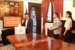 Đại sứ quán Việt Nam tại Argentina quyên góp ủng hộ đồng bào miền Trung