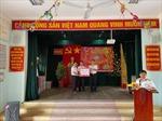 Trao tặng quà cho bà con ở huyện đảo Trường Sa dịp Tết Tân Sửu 2021