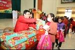 Chợ Tết nhân đạo '0 đồng'cho người nghèo tại Ninh Bình